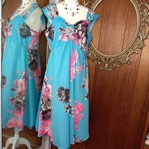 Dresses & Skirts - Plus Size Teal Floral Dress Sz XXL